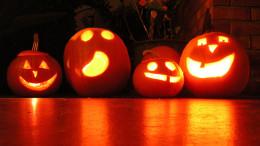 Four jack o lanterns