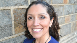 Award-Winning Author Jennifer De Leon