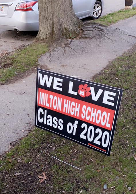 Milton Boosters signs for seniors